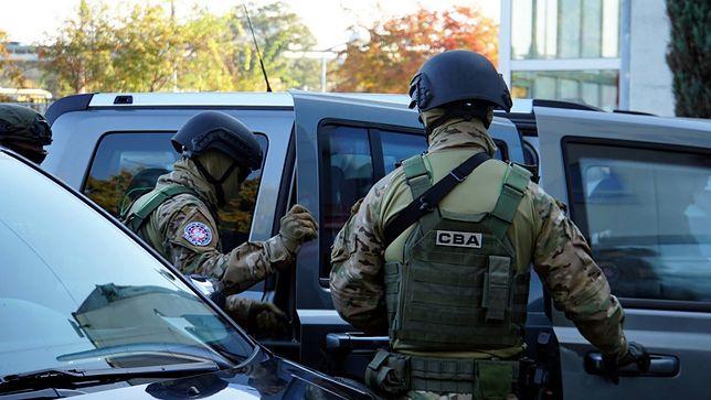 Akcja agentów CBA. Śledczy z Katowic zatrzymali cztery osoby