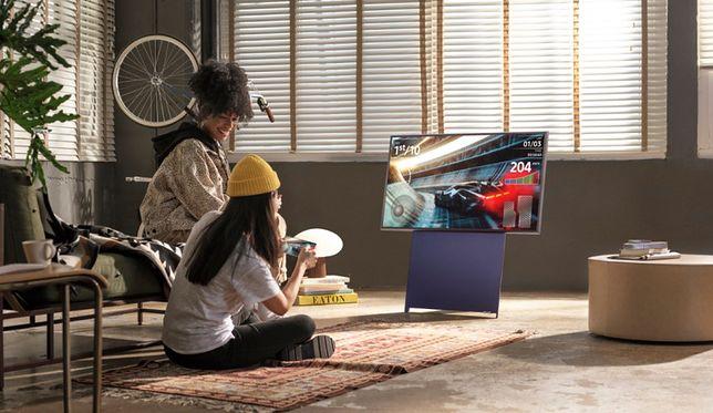 Mobilny telewizor oferuje nie tylko możliwość rotacji ekranu, lecz także świetną jakość obrazu,