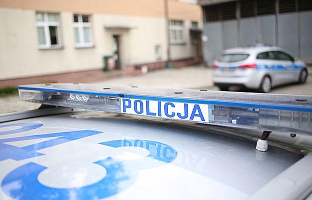 14-latek, brutalnie pobity w gimnazjum w Koninie, walczy o życie