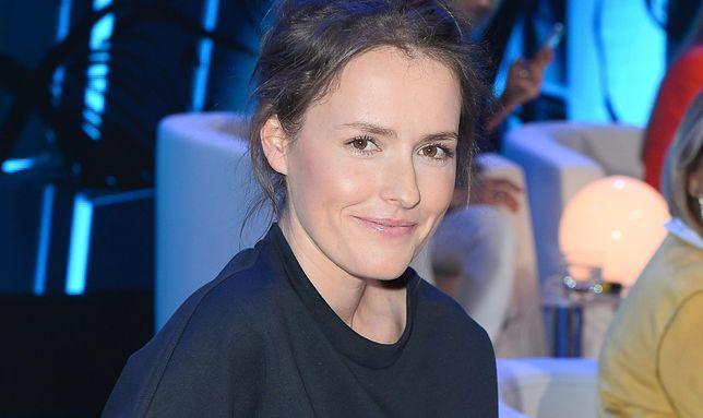 Olga Frycz spotkała na dworcu Adriannę Biedrzyńską