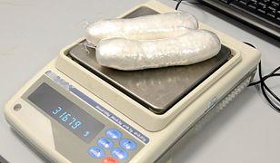 Pakunki z narkotykiem ważyły od 200 do 300 gramów