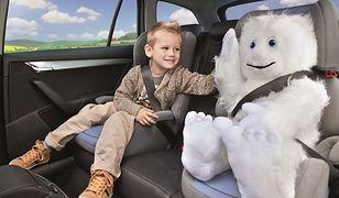 Dzieci do 150 cm, niezależnie od wieku, będą podróżować w fotelikach