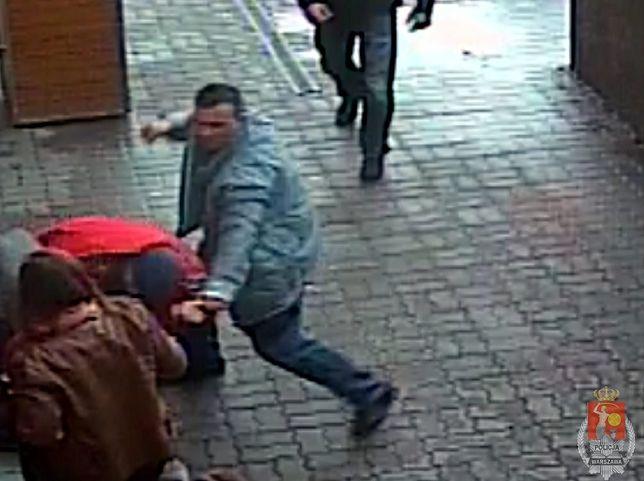 Policja szuka sprawcy brutalnego pobicia