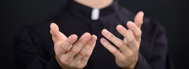 60 proc. księży jest lub było w związku z kobietami, 53,7 proc. chciałoby mieć własne rodziny, 68 proc. byłych księży odeszło z kapłaństwa z powodu celibatu