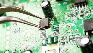 Elektronika z funkcją samozagłady