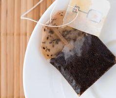 Nie wyrzucaj torebek po herbacie. Zdziwisz się, jak je wykorzystasz