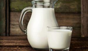 Mleko dobre na wszystko. Domowe sposoby na sprzątanie