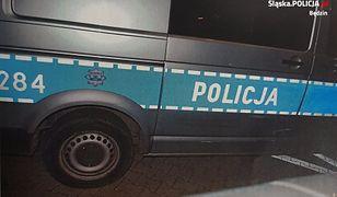 Pijany ucieczkę zakończył na furgonetce policjantów z Będzina.