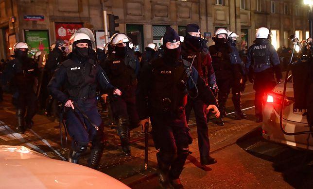 Strajk Kobiet w Warszawie. Komenda Stołeczna Policji zabiera głos