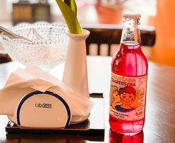 Kultowy napój PRL. Przepis na oranżadę, smak dzieciństwa