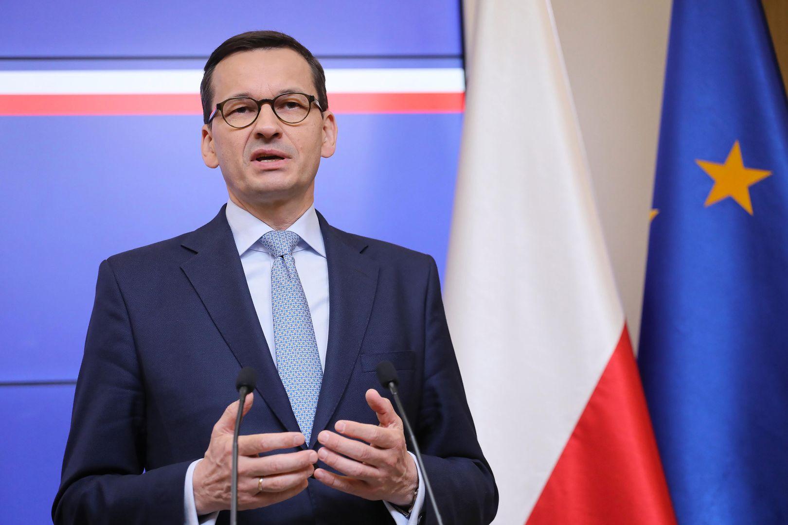 """Żakowski: """"Brawo, panie premierze. Szydło przegrała 27:1, pan 23:4"""" [Opinia]"""