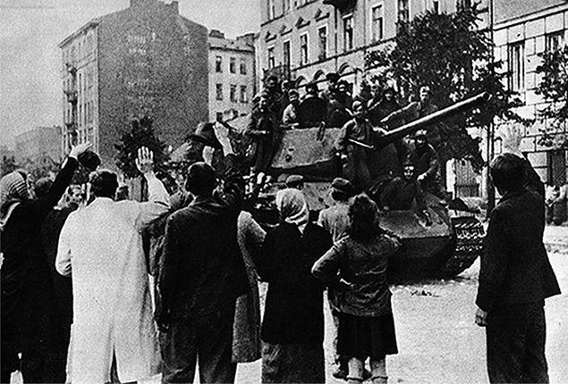Powstanie warszawskie nie zatrzymało Armii Czerwonej