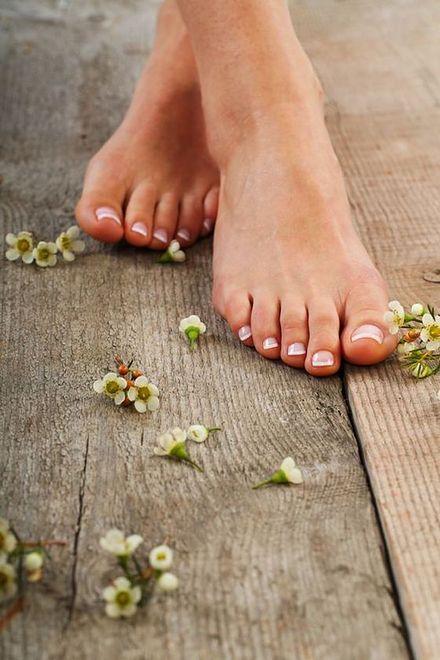 Latem zadbaj o piękne stopy