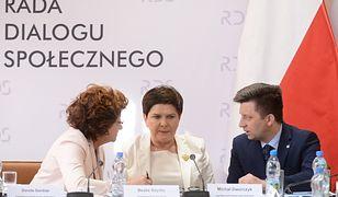 """Strajk nauczycieli. Beata Szydło mówi o """"pakcie społecznym"""""""