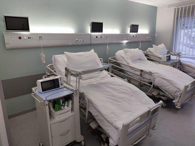 Koronawirus w Polsce. Siedem godzin w karetce z udarem. Pan Jan nie przeżył oczekiwania na przyjęcie do szpitala
