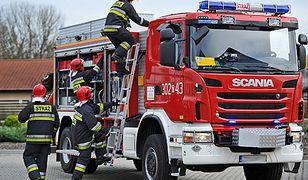 Pożar na plebanii w Białowieży. Ksiądz trafił do szpitala