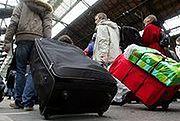 Wizz Air chce zmienić zasady opłat za bagaż podręczny