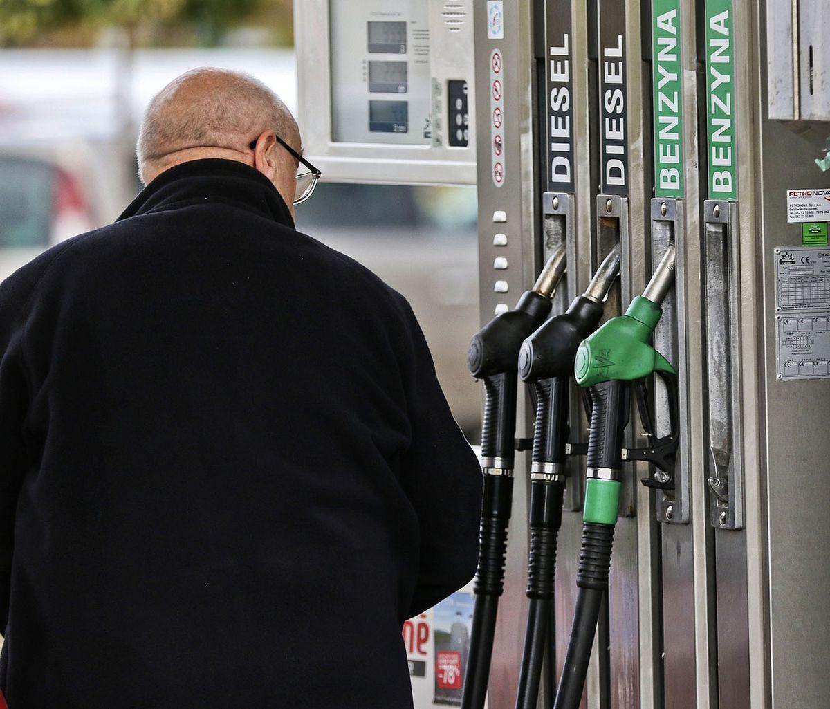 Ceny paliw poniżej 5 zł. Tak dawno nie było