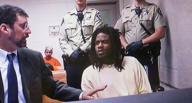 Timmy Kinner w czasie przesłuchania przez sędziego