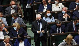 Burza w Sejmie. Prześmiewcza reakcja polityków PiS