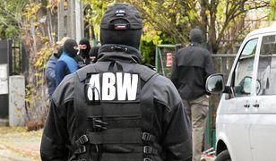 ABW zatrzymała dwie osoby podejrzane o terroryzm. Ekspert: sytuacja jest niepokojąca