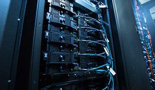 UPC żąda 400 tysięcy złotych za zalane serwery