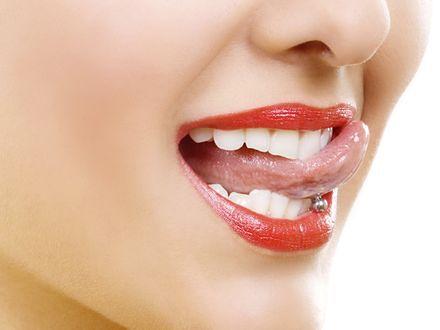 Kolczyk w języku? Uważaj na zęby!