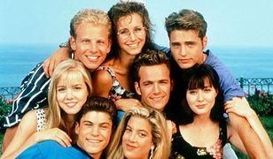 """Andrea z """"Beverly Hills, 90210"""" szykuje się na zaciekłą walkę. Co słychać u Gabrielle Carteris?"""