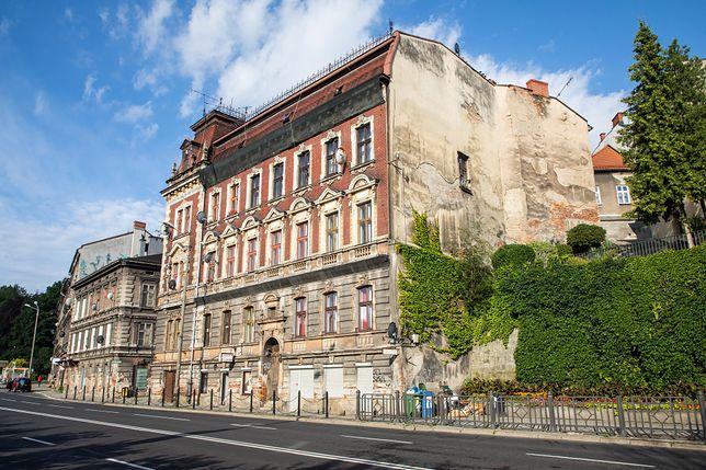 Bielsko-Biała. Cztery zabytkowe kamienice przejdą remont.