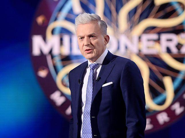 """Hubert Urbański, prowadzący program """"Milionerzy"""""""