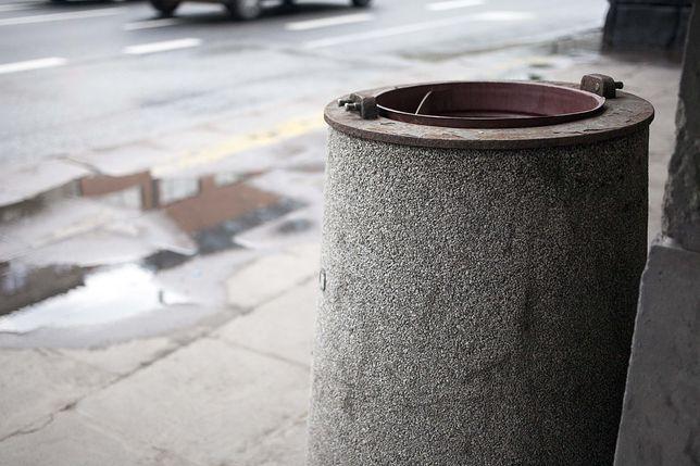 Warszawa. Na Bemowie pozostawiane są śmieci [zdj. ilsutracyjne]