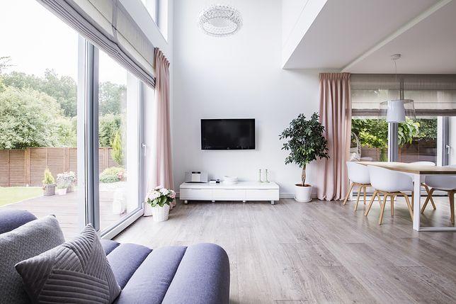 Panele na otwartą przestrzeń – Jaki kolor wybrać, by pasował do stylu wnętrza?