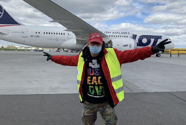 Koronawirus w Polsce. W Warszawie wylądował drugi samolot ze sprzętem medycznym zamówionym przez WOŚP z Chin
