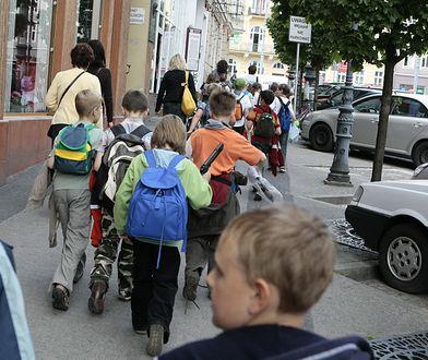 Do zdarzenia doszło na wycieczce szkolnej. Zdjęcie ilustracyjne