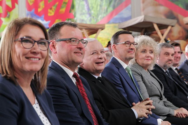 Liderzy PiS, m.in. Jarosław Kaczyński i Beata Mazurek