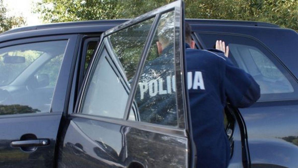 Płock. Policja zatrzymała podejrzanych nastolatków