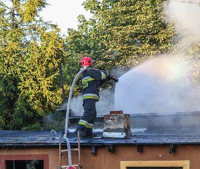 Łódzkie. Noworodek spłonął w pożarze. Matka usłyszała zarzut zabójstwa