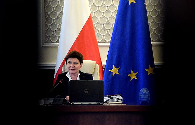 Witold Olech - tajemniczy doradca premier Beaty Szydło. Przez cały czas działa w jej cieniu, jest szarą eminencją krakowskiego PiS