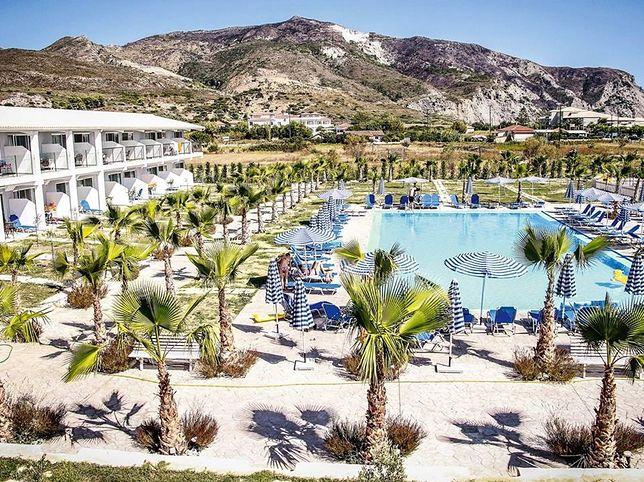 Koszmarne wakacje w Grecji. Basenowa dysza wciągnęła chłopcu rękę