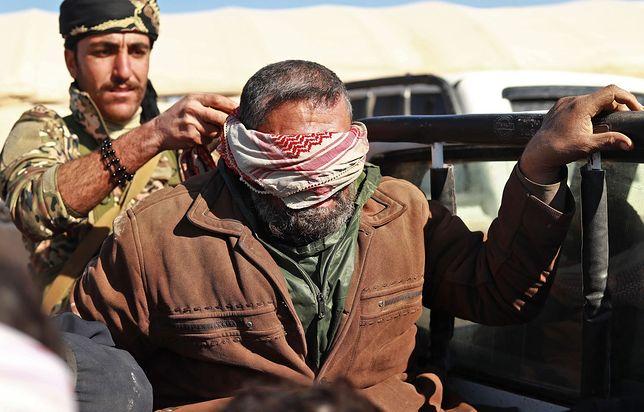 """Rozpoczęła się ostateczna bitwa z ISIS w Syrii. Islamiści mają """"żywe tarcze"""""""
