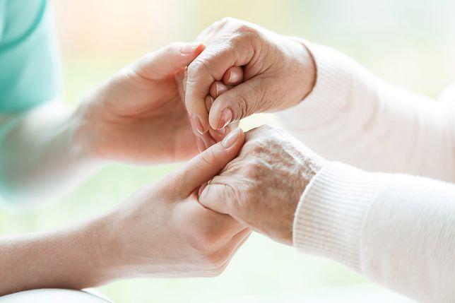 Nowe zasady programu Opieka 75+