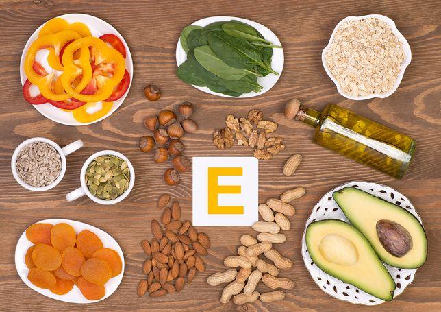Na co wpływa witamina E? Poznaj jej główne źródła oraz typowe objawy niedoboru