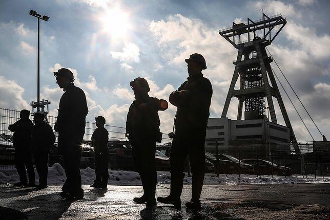 """Górnicy żądają podwyżek i przywrócenia """"czternastek"""". Chcą pilnego spotkania z ministrem"""