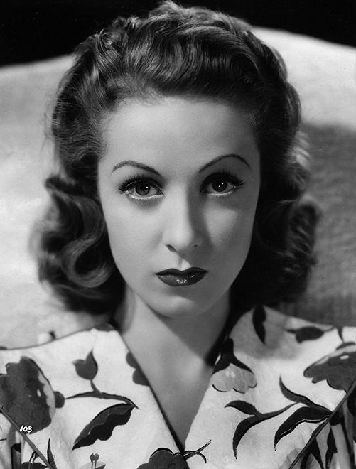 """Danielle Darrieux w filmie """"Paryżanka"""" (1938)"""
