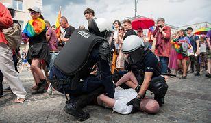 700 tys. zł rządowej dotacji dla stowarzyszenia, które blokowało Marsz Równości w Białymstoku