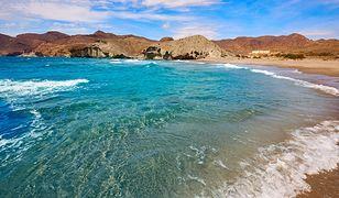 Costa Almeria to także rezerwat biosfery Cabo da Gata - Nijar, znany z poszarpanej linii brzegowej