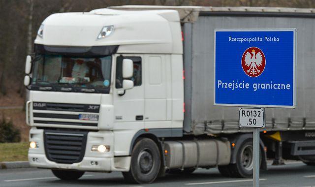 Niemcy rozszerzyli myto dla tirów na wszystkie drogi krajowe