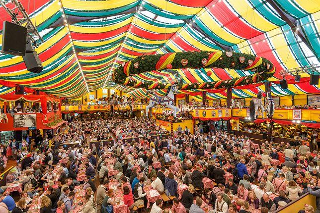 Oktoberfest, Monachium - zdjęcie ilustracyjne