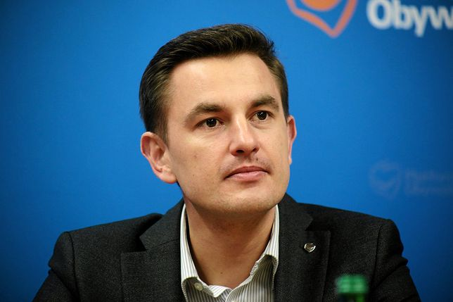 """Biuro posła PO zdewastowane. """"Rachunek wyślę na Nowogrodzką"""""""