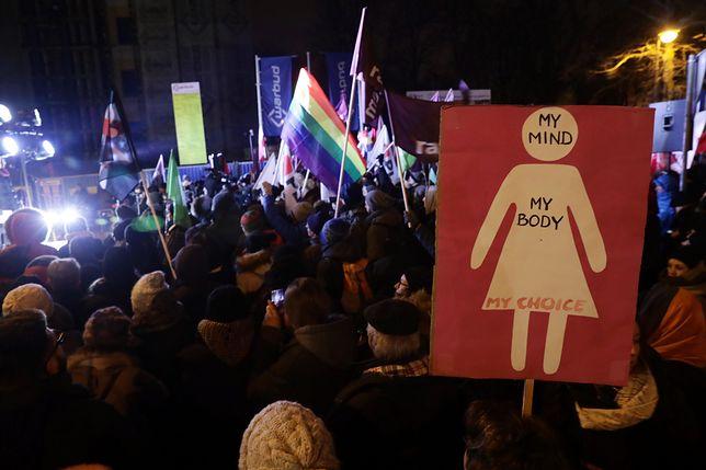 Aborcja. Politycy niezdecydowani, a Polacy?
